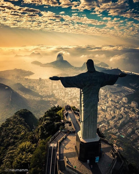 САМЫЕ КРАСИВЫЕ СТАТУИ ИИСУСА ХРИСТА.