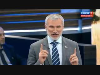 Алексей Журавлев удивился, что 80% женщин собираются сами себе сделать подарки на Новый Год! Где вы есть ребята? Так нельзя!
