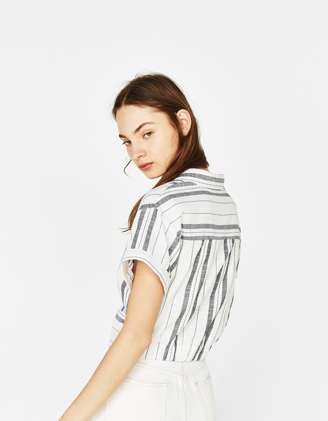 Укороченная рубашка с узлом