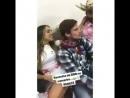 Ele com a mão na berna dela - Ainda não tinha visto esse vídeo só as fotos NoPau