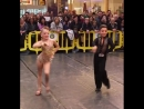 дети танцуют латиноамериканские танцы