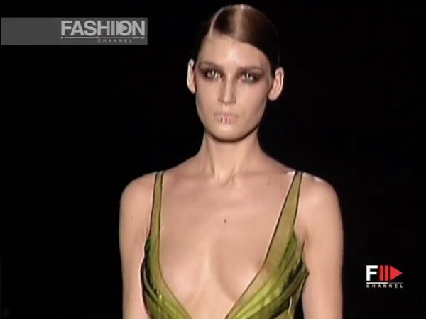 GUCCI Full Show Fall Winter 2004 2005 Milan by Fashion Channel