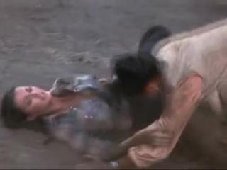 Catfight - Lynda Carter v Asian Woman