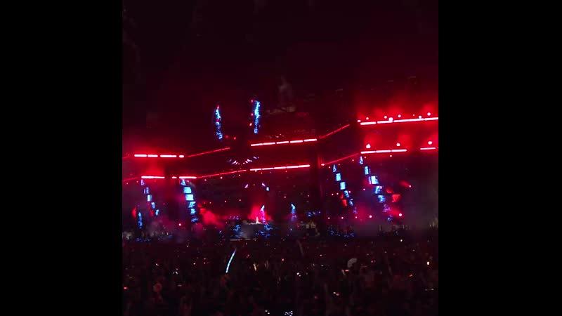 Armin van Buuren Luke Bond feat. KARRA - Revolution live at UMF 2019