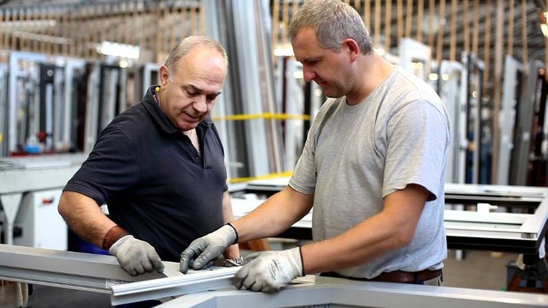 Видеоролик о заводе алюминиевых дверей Groke г Карлсруэ Германия