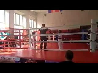 Moy_syn_Kazakov_Dmitriy_Andreevich__1_mesto_po_Tayskomu_boxu