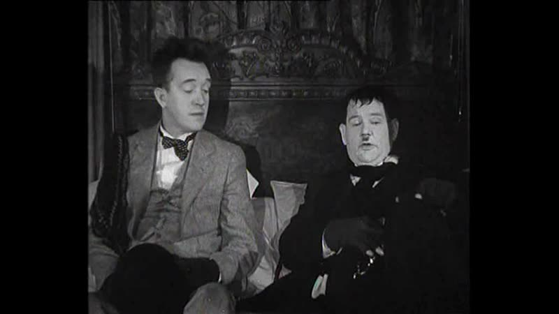 Laurel and Hardy - The Fixer-Uppers - 1935