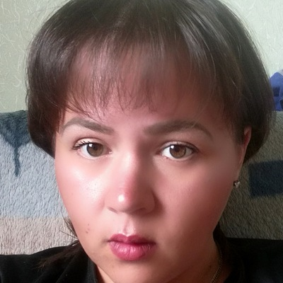 Оля Петрова