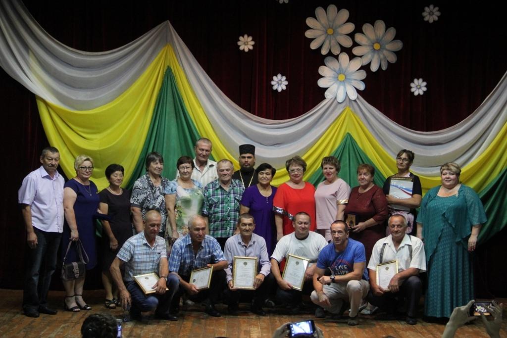 День семьи, любви и верности встретили в Биробиджанской епархии