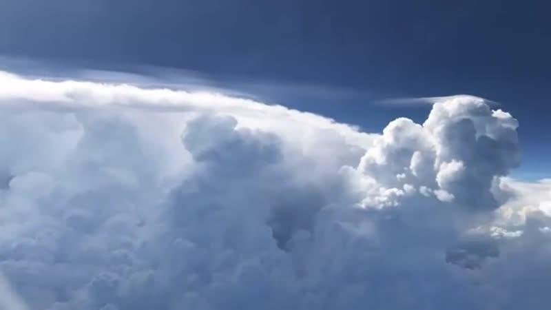 Airplane Views of a Passing Storm || ViralHog