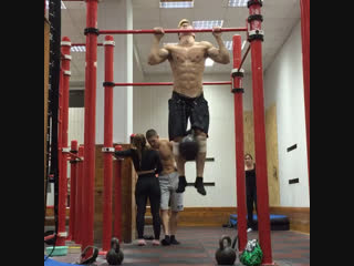9 pull-ups with weight 64kg.