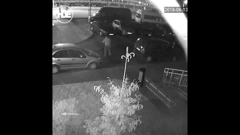 В Гродно бухой мужик сломал одну машину и провёл ночь в другой
