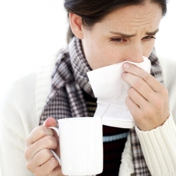 Сезон гриппа - это периодически повторяющийся период времени, характеризующийся распространенностью вспышек гриппа (гриппа). Сезон происходит в холодную половину года ...