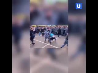 На фестиваль Hip-hop May Day нагрянули силовики и вломили зрителям дубинками [NR]