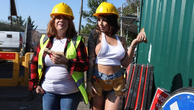 Brazzers - Cock-Calling On The Job Site