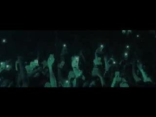 Tory lanez почтил память xxxtentacion на своём концерте [nr]