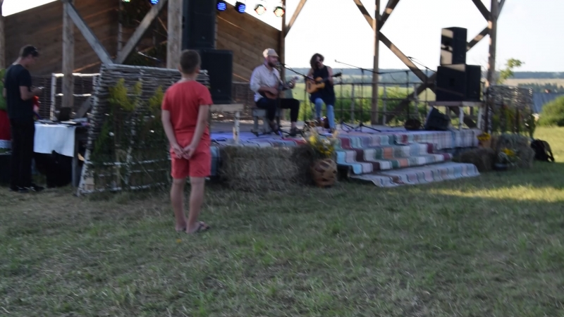 Максим Садовников с фолк-группой ВО на фестивале ГуртFEST в музее Лудорвай.