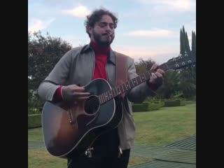 Post malone исполняет кавер на pearl jam «last kiss»