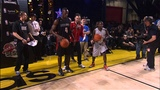 Usain Bolt and Kevin Hart race up &amp down the court!