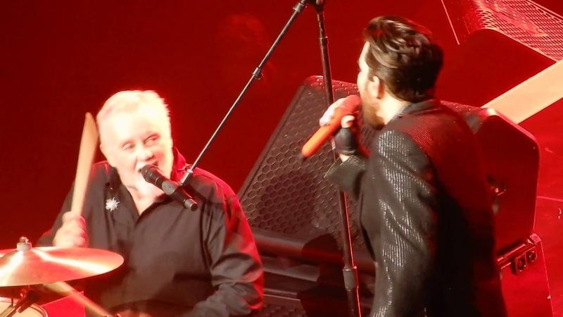 Queen and Adam Lambert Under Pressure Vegas 21-9-2018