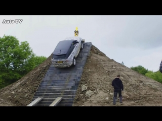 2018_Range_Rover_Sport_-_Ready_To_Take_An_INSANE_OFF-ROAD_CHALLENGE_!!.mp4