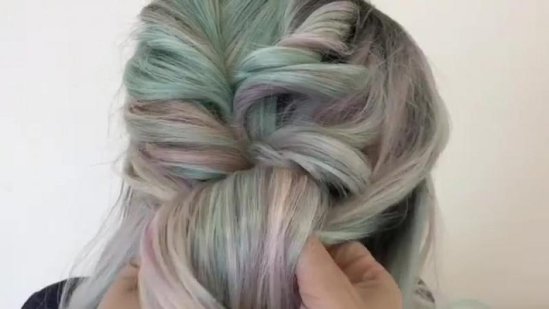 Anastasija Pavlova on Instagram 🎓Подготовила для вас урок повседневной причёски на основе жгутов 🖤Отличный вариант основы тех