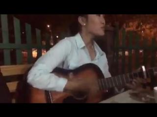 Жаным кул кул-на гитаре Казашка