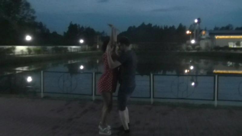 А вы пробовали танцевать бачату теплой июньской ночью у озера?...)