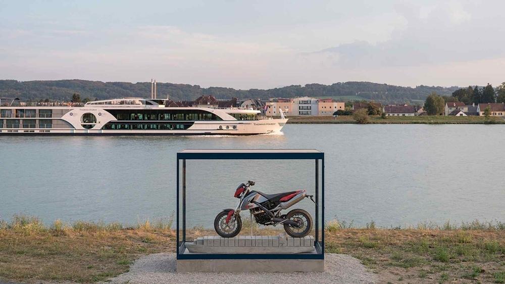 Памятник BMW G650X