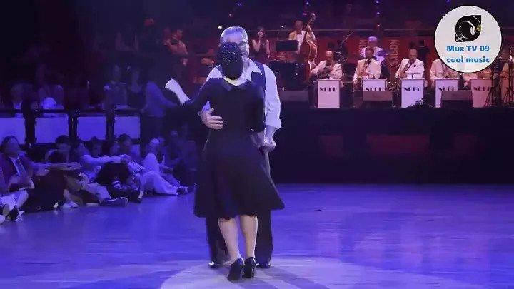 `ШАЛУНЬЯ ОСЕНЬ` _ Красиво танцует не только молодёжь