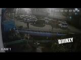 Жильцы выяснили кто топчет их Клумклумбы. Якутск