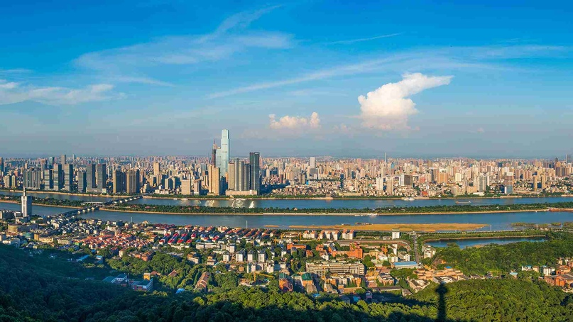 Бесплатное обучение на годичных языковых курсах в городе Чанша
