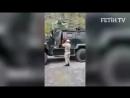 турецкий солдат дает Азан на намаз
