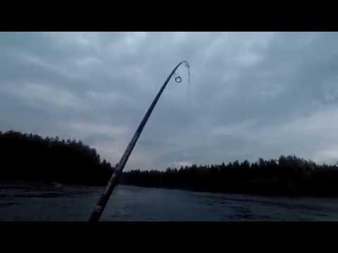 Рыбалка на реке Кульбиты, свечки и потеря блесны которую не могу не где достать