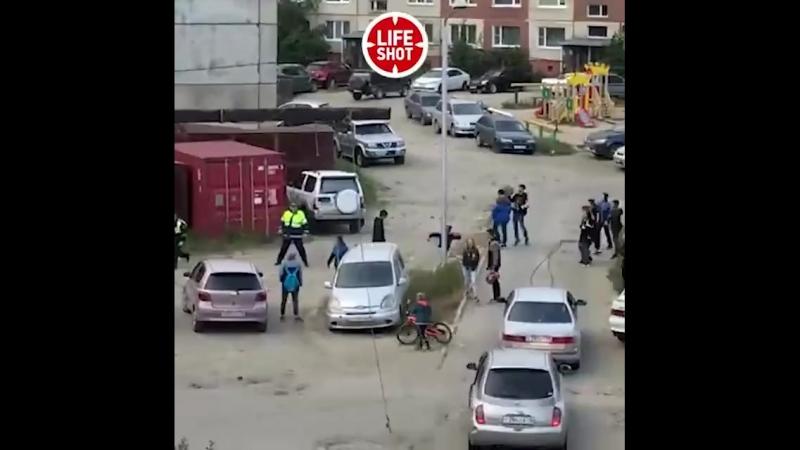 Магаданские малолетки отбили друга у полиции