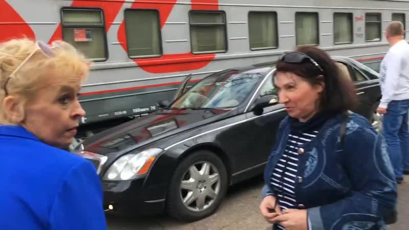 Исхак-Хан Внебрачный сын Аллы Пугачевой - снял маму на камеру