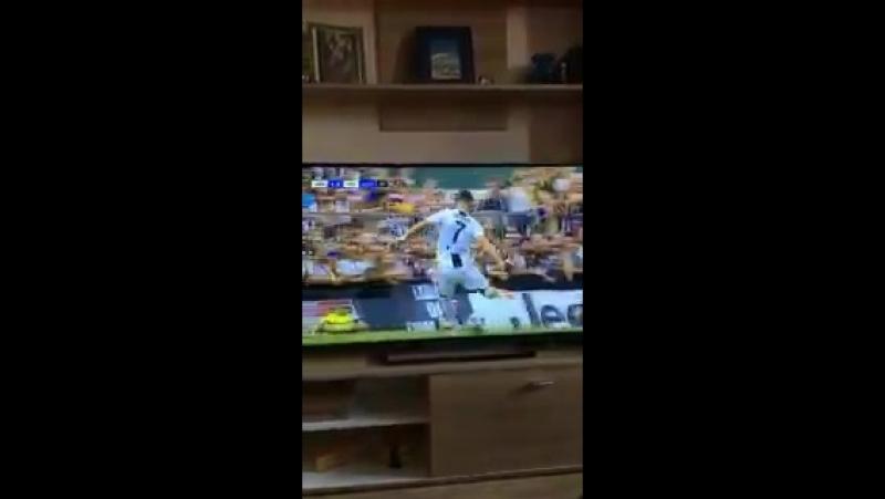 Первый гол Роналду за ЮВЕ