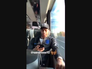 Jadon Sancho on the #JLingz hype. 😎 #mufc [Ig]