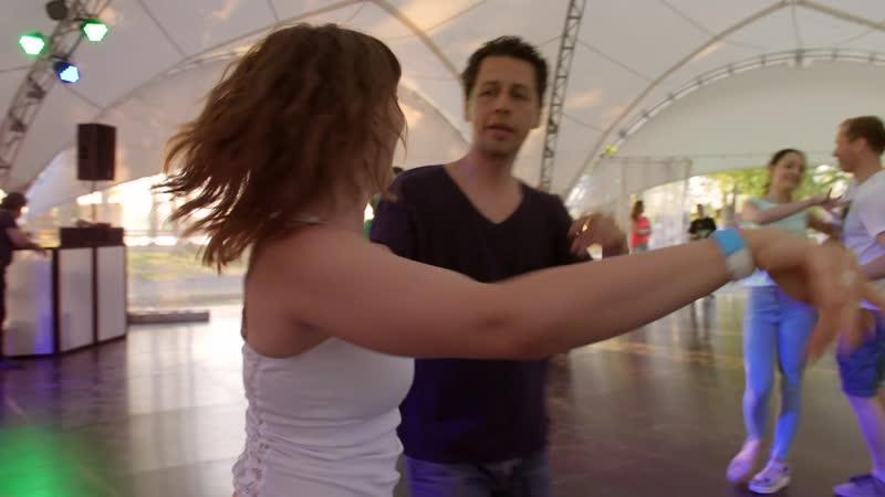 Танцевальный выезд в гриль парк сальса