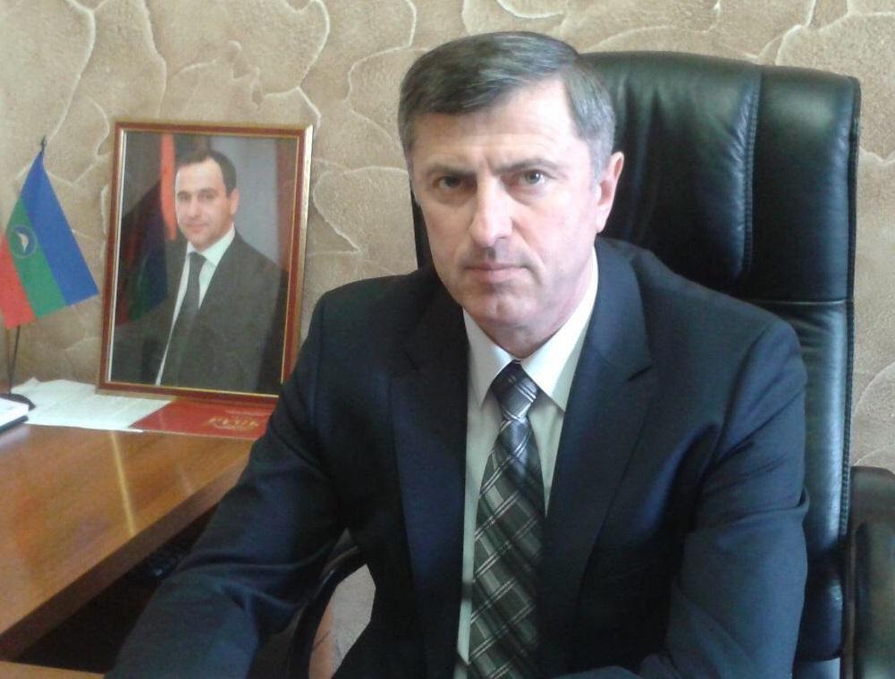 В КЧР чиновника уволили за распил более 840 млн рублей