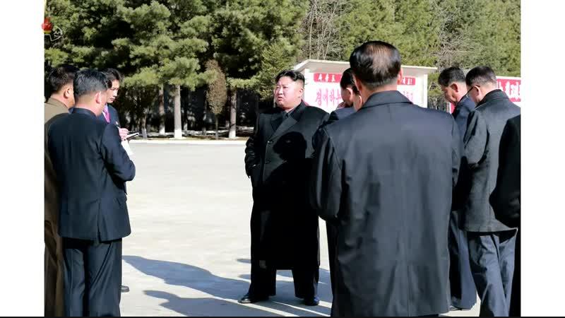 경애하는 최고령도자 김정은동지께서 대관유리공장을 현지지도하시였다