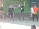 Танец мальчиков-хи-хибешеных лягушек