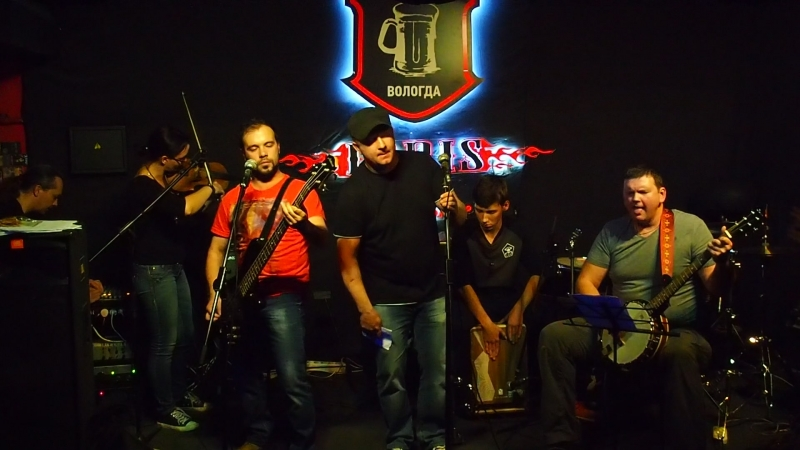 Вечер памяти Егора Летова в вологодском клубе Irris,песня Отряд не заметил потери бойца...
