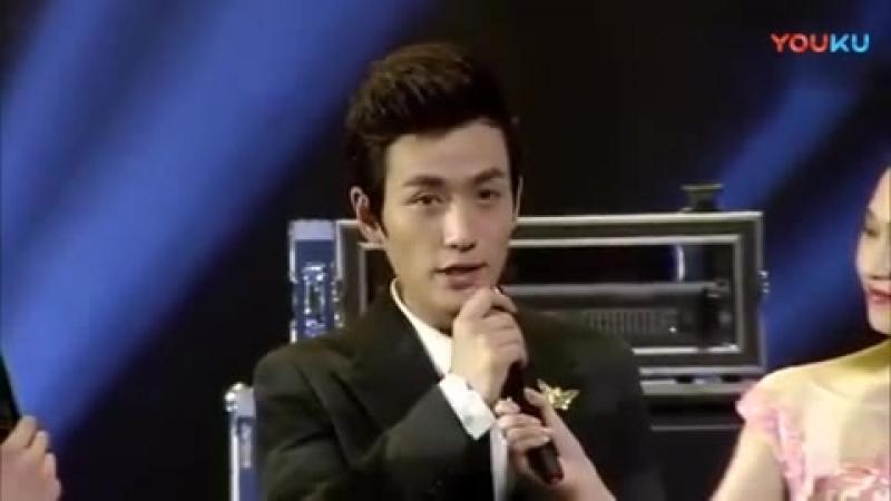 朱一龙:就算站在舞台上的你,也淡定从容地说着演戏