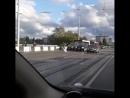 НАБЛЮДАЙ | Лебедь на мосту собрал пробку)) @ tati_kras