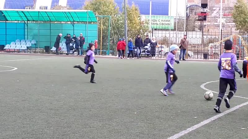 07.10.2018 игра Голеадор 2009 - Иволга 2008, счет 3:0