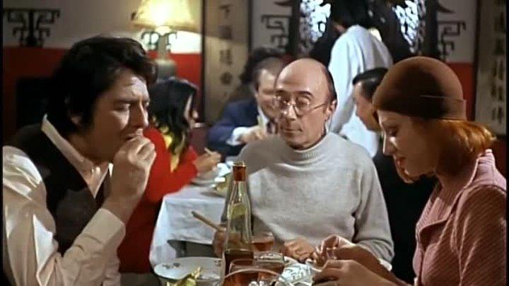 У савана нет карманов - Un linceul n'a pas de poches (Сильвия Кристель)(720x576p)[1974, Франция, драма, политический детектив, DVDRip-AVC] VO (2.24Gb)