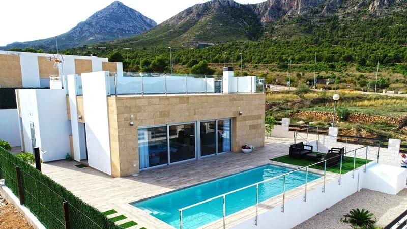 Продажа недорогого нового дома в городе Полоп, Испания, урбанизация La Alberca