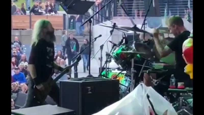 Troy and Brann kickin' out the jams! Clip courtesy of Claypool Cellars