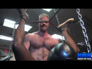 Гей порно секс с негром hairy bareback interracial muscles bear